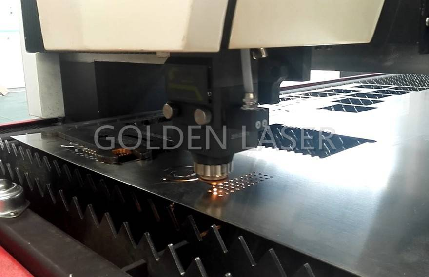 1000w fiber laser cutting 2mm stainless steel sheet