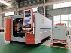2KW Fiber Laser Cutting Machine am Daflen Metel