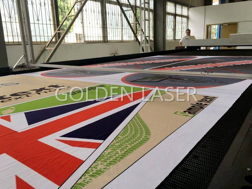 Laser Cutting Machine for Flags Banners Soft Signage