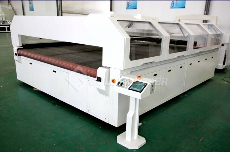Laser Cutting Machine por Mattress Ŝaŭmo Ŝtofo CJG250300LD