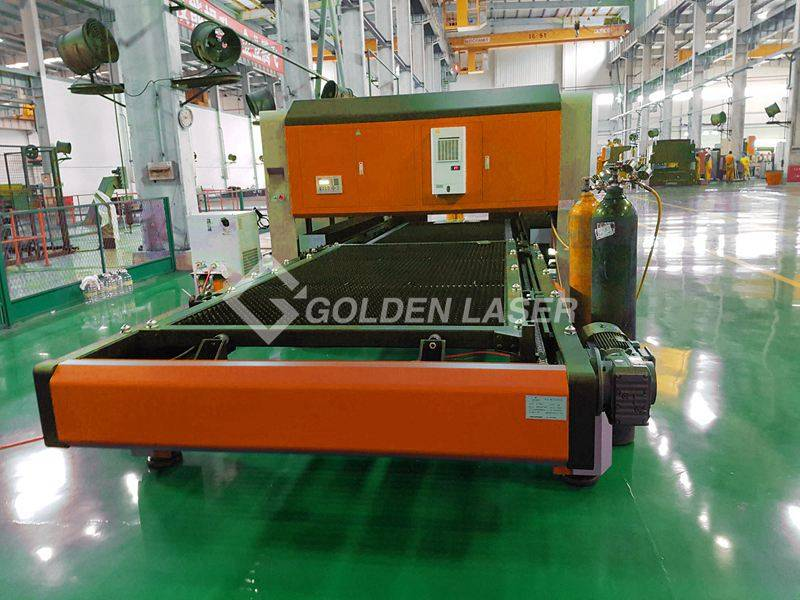 fiber laser cutting machine with pallet table
