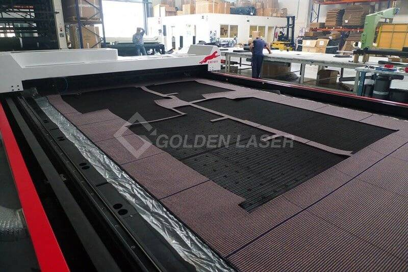 laser carpet cutting machine