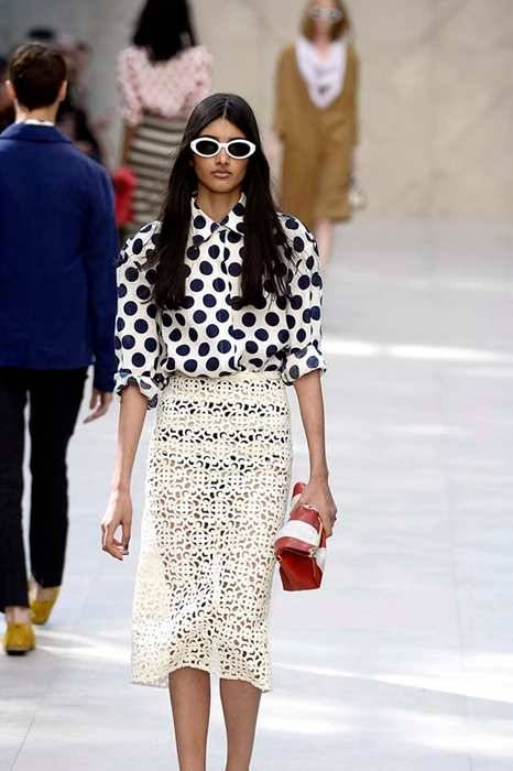 LONDON, ENGLAND - SEPTEMBER 16:  A model walks the runway at the Burberry Prorsum Spring Summer 2014 fashion show during London Fashion Week on September 16, 2013 in London, United Kingdom.  (Photo by Catwalking/Getty Images)